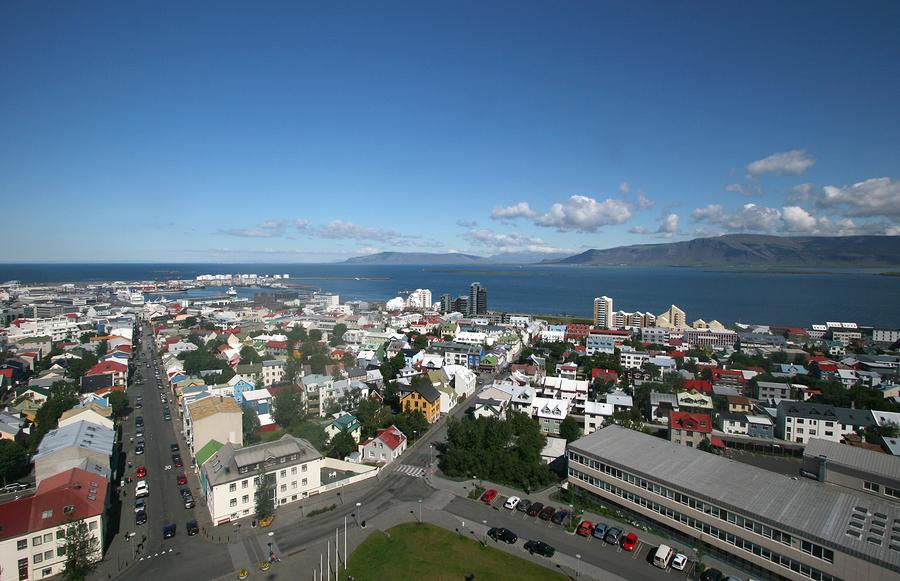 Budget car hire Reykjavik Iceland